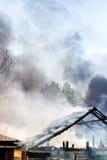Maison brûlante Photos libres de droits