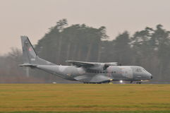 MAISON C-295 sur l'aéroport de Lublin Photos libres de droits