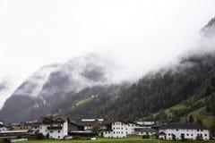 Maison classique en vallée de Pitztal au Tyrol, Autriche Photos libres de droits