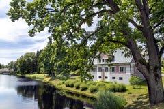 Maison classique merveilleuse de revêtement en pierre photos libres de droits