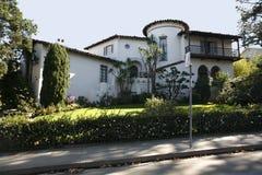 Maison classique sur la péninsule du sud de la Californie de San Francisco. images libres de droits