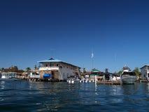 Maison coloniale sur l'eau Photo libre de droits