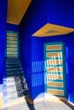Maison colorée dans le Jardin Majorelle à Marrakech Image stock