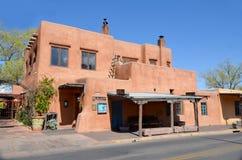 Maison d'adobe historique Photos stock