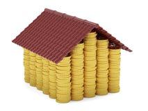 Maison d'or de pièces de monnaie d'isolement sur le fond blanc Photo libre de droits