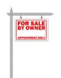 Maison d'immeubles à vendre le signe Photos libres de droits