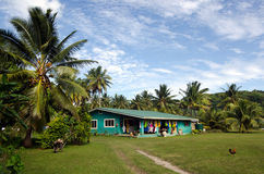 Maison d'Islanders de cuisinier dans le cuisinier Islands de lagune d'Aitutaki Photos stock
