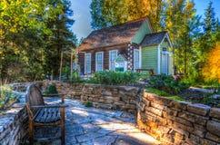 Maison dans la campagne photos stock