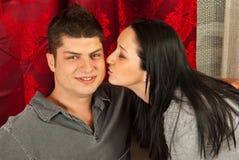 Maison de baiser d'homme de femme Photographie stock libre de droits