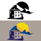 Maison de campagne dans les montagnes Photographie stock libre de droits