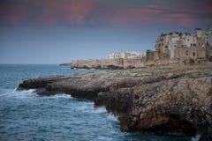 maison de falaise Photographie stock libre de droits