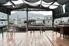 Maison de flottement dans le village de pêche de Tai o, Hong Kong photos stock