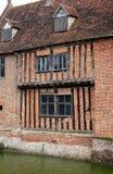 Maison de fossé de Tudor Image libre de droits