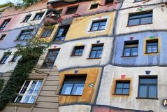 Maison de Hundertwasser de Vienne image stock