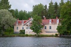 Maison de lac Images libres de droits