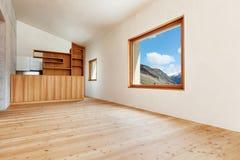 Maison de montagne, pièce image libre de droits