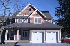 Maison de nouvelle maison à vendre Canada photographie stock