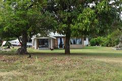 Maison de pavillon d'île Cook de Polynésie Photographie stock libre de droits