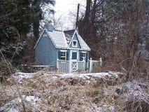 Maison de poupée abandonnée Image libre de droits