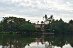 Maison de rive Photo libre de droits