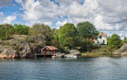 Maison de vacances dans l'archipel près de Lysekil, Suède Photo libre de droits