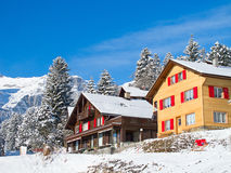 Maison de vacances de l'hiver Images libres de droits