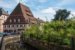 Maison du Sel - den salta lagringen i en mitt av Wissembourg royaltyfri bild