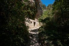 Maison effondrée au milieu des montagnes françaises Images stock