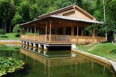 Maison en bambou Photographie stock