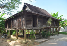 Maison en bois malaisienne image libre de droits