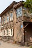 Maison en bois sibérienne images stock