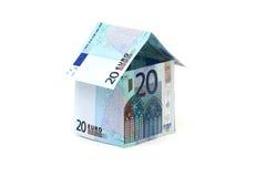 Maison faite de billets de banque européens Photos libres de droits