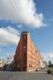 Maison-fer à l'intersection de la rue de jardin et de l'embankme photo libre de droits