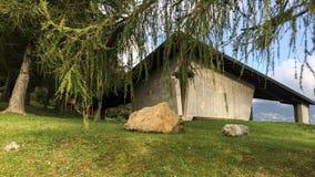 Maison gothique dans les montagnes images libres de droits