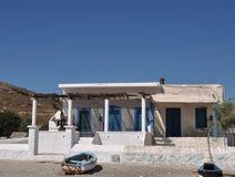 Balcon bleu classique la maison blanche en gr ce photo for Maison blanche classique