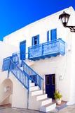 Maison grecque traditionnelle sur l'île de Sifnos photographie stock