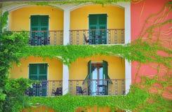 Maison heureuse en Italie Photographie stock libre de droits