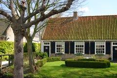 Maison hollandaise de ferme photographie stock libre de droits