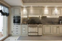 Maison intérieure, cuisine image stock