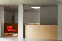 Maison intérieure, mur en béton Images libres de droits