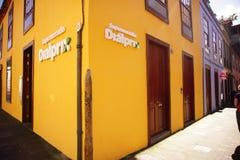 Maison jaune Photographie stock libre de droits