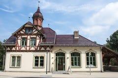 Maison médiévale de moitié-bois de construction Photographie stock libre de droits