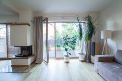Maison moderne intérieure Photographie stock
