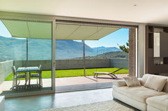 Maison moderne intérieure, salon Photographie stock