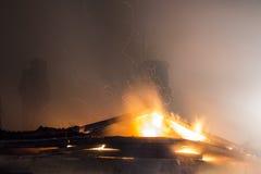 Maison résidentielle sur le feu Photo stock
