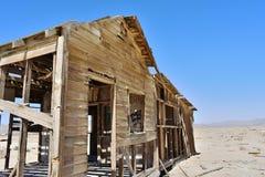 Maison ruinée dans le désert Photo stock