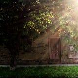 Maison ruinée pendant le matin images libres de droits