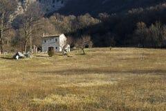 Maison rurale de montagne Images libres de droits