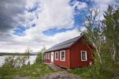 Maison suédoise traditionnelle images stock