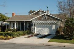 Maison suburbaine Image libre de droits
